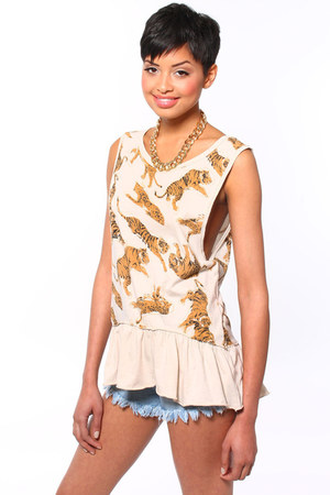 Chaser top