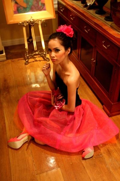 pink Glitterati skirt