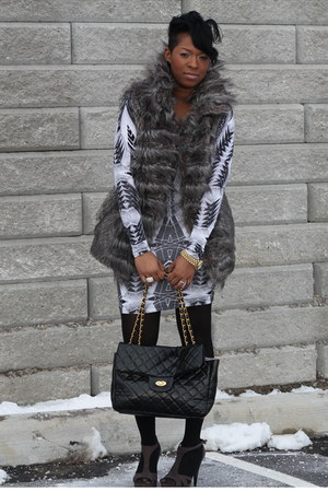 gray faux fur Zara vest - white bodycon H&M dress