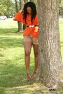 Brown-zara-shorts-carrot-orange-bcbg-top-dark-brown-chinese-laundry-heels
