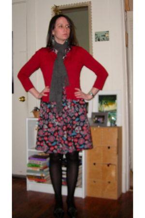 red thrifted cardigan - gray scarf - black H&M dress - black tights - black shoe