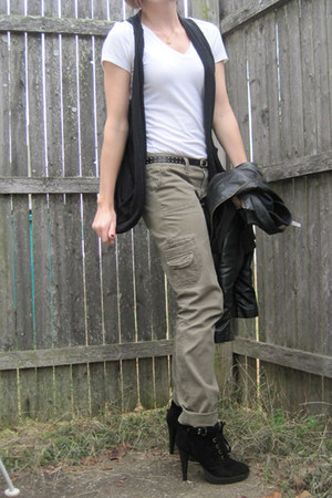 black Poetry vest - white Forever 21 t-shirt - olive green American Eagle pants