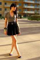 gray American Apparel t-shirt - black American Apparel skirt - purple DSW shoes