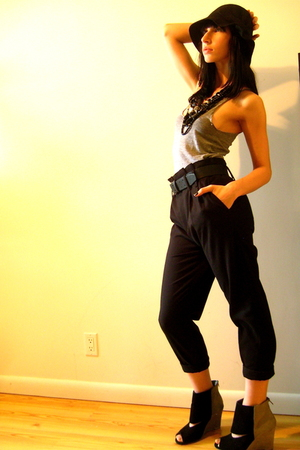 black Zara pants - Deena&Ozzy shoes - black felt cloche Urban Outfitters hat