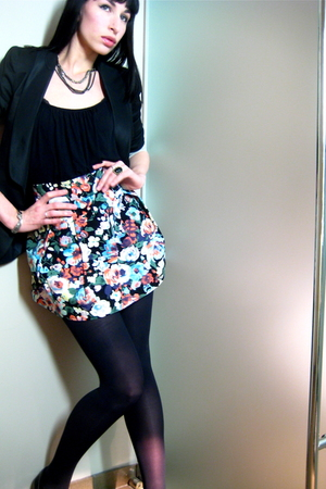 H&M skirt - black unknown top - black Zara blazer