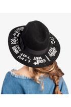 Show-poni-hat