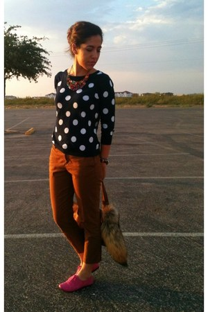 polka dot Old Navy sweater - thrifted Lila purse - Old Navy pants