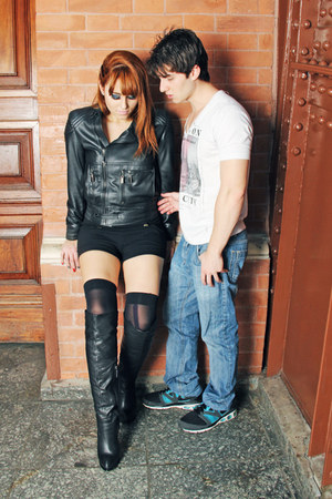 black leather boots - black leather jacket jacket - black Varga shorts