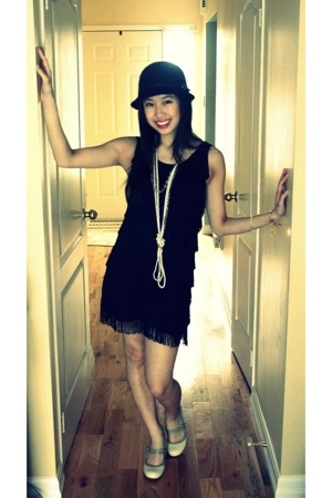 H&M hat - H&M dress - Aldo shoes - Aldo Acessories necklace