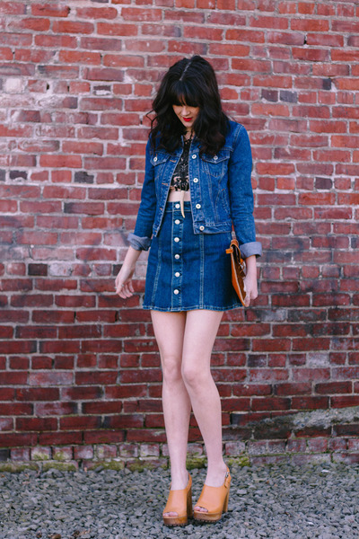 tan antler Ebb & Flow necklace - navy denim Forever 21 jacket