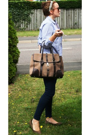 tan leather Zara bag - navy skinny H&M jeans