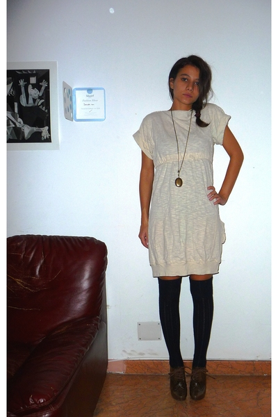 Zara dress - calzeonia socks - Pura Lopez shoes - H&M necklace