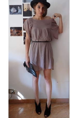 pull&bear dress - Bershka shoes - gift hat - H&M purse - H&M belt