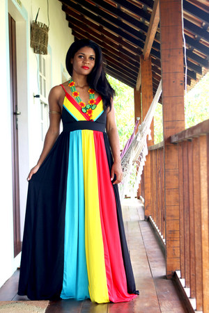 yellow necklace Kaiti necklace - red color block Rotita dress