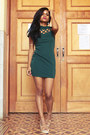 Teal-green-digbest-dress-white-jewels-joias-boz-ring