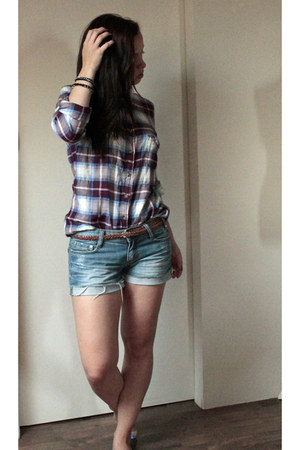 brick red H&M shirt - blue H&M shorts - black H&M bracelet - bronze H&M belt