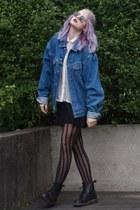 black Dr Martens boots - ivory H&M blouse