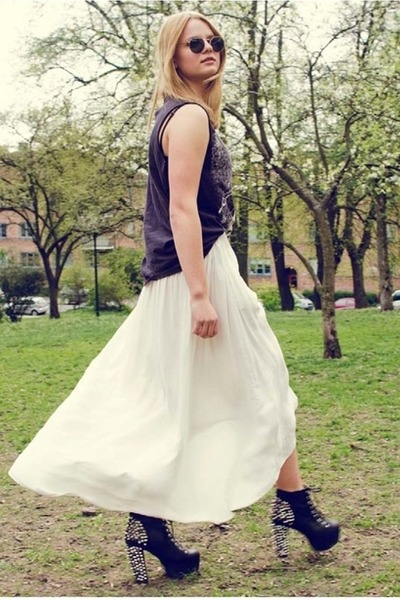 spikes Jeffrey Campbell heels - Zara skirt