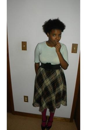 skirt - shoes - shirt - tights - belt