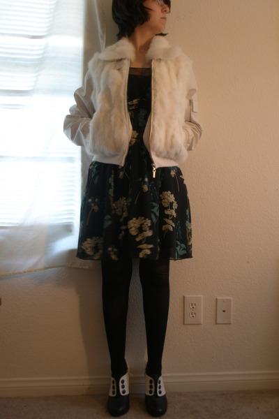 black Pink Duchess shoes - blue Forever 21 dress - white rabbit fur Paris Blues