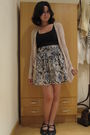 Beige-cotton-on-cardigan-blue-cotton-on-top-stradivarius-skirt-black-skech
