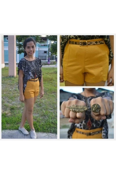 Mustard High waist shorts shorts - brogues shoes - ring flower ring