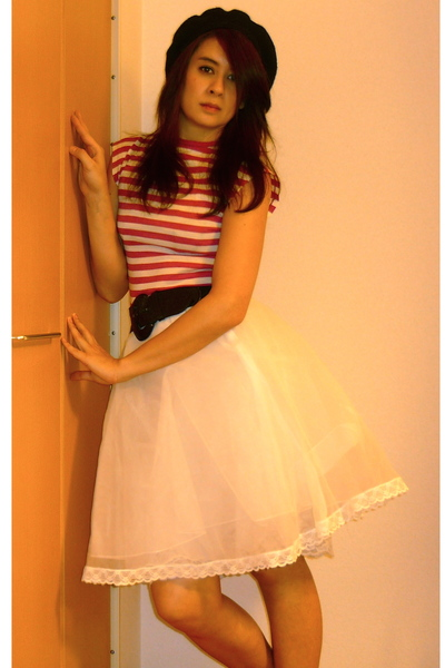 white vintage skirt - pink vintage t-shirt - black Accessorize belt - black thri