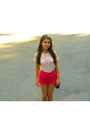 Hot-pink-stradivarius-shorts-white-lace-zara-top-black-bershka-flats