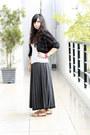Black-fur-vest-thrifted-blazer-periwinkle-random-brand-blouse