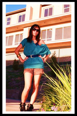 forever 21 top - H&M shorts - C&C California top - vintage belt - forever 21 bra