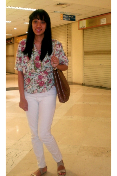 thrifted blouse - random jeans - vintage chanel purse - Bata shoes - random neck