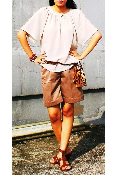 thrifted top - thrifted shorts - ITC mangga dua - thrifted scarf - souvenirs and