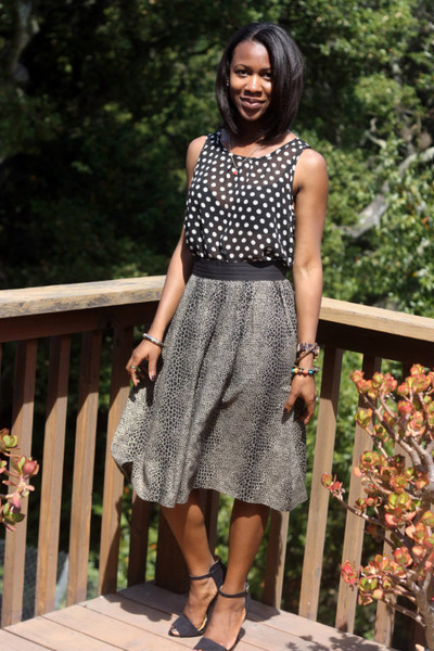 black Forever 21 top - black Urban Outfitters skirt - black Zara heels