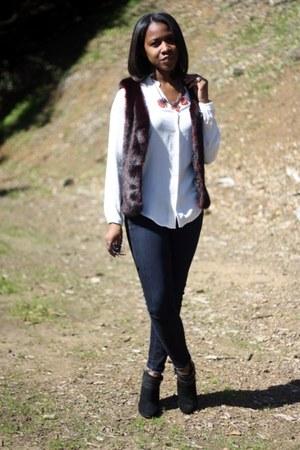 black Nine West boots - blue Gap jeans - maroon American Eagle vest