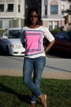 hot pink J Crew shirt - brown sperry shoes - blue Joes Jeans jeans