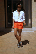Gap shirt - Gap bag - Club Monaco shorts - H&M sandals