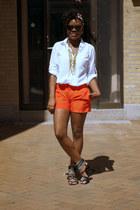 Gap shirt - Gap bag - Club Monaco shorts - H&M sandals