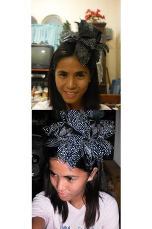 black flower-headband accessories