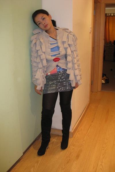 coat - dress - belt - accessories - boots