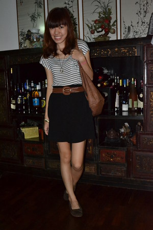 striped Forever 21 t-shirt - cotton on skirt