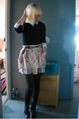 Black-combat-dolce-vita-boots-black-unknown-sweater-white-unkown-blouse-or