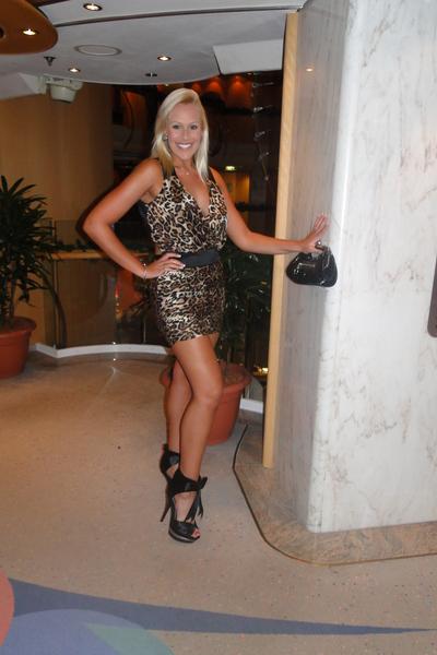 Bebe Dress Black Shoes