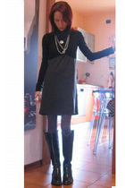 DKNY blouse - Patrizia Pepe blazer - Fiorucci leggings - Nero Giardini shoes