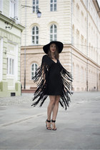 black fringe Tobi dress - black H&M hat - black Zara sandals