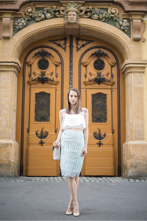 white crop Tobi top - light blue perforated H&M Trend skirt - nude asos flats