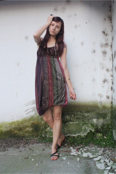 red mihaela cretescu dress - black random shoes - thrifted purse