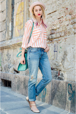 blue boyfriend jeans H&M jeans - light pink H&M hat