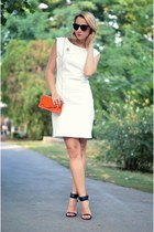 white Mango dress - carrot orange Tiramisu alle fragole bag - black Zara sandals
