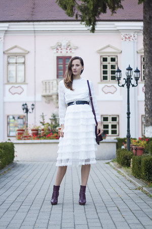 white Chicwish dress