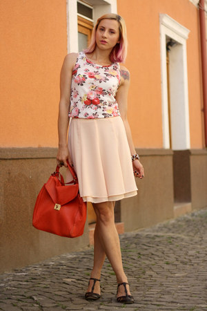 white floral nowIStyle top - red Zara bag - dark brown thrifted sandals